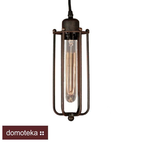 Lampa zaprojektowana została na wzór XIX wiecznych lamp gazowych. Stalowy klosz znakomicie podkreśla industrialny charakter lampy. Nasza replika w stylu vintage najlepiej wygląda wraz z długą żarówką Edison Bulb (w komplecie). Znakomicie wygląda w każdym wnętrzu – w pubie, restauracji, biurze oraz w domu. KOMA Oświetlenie.