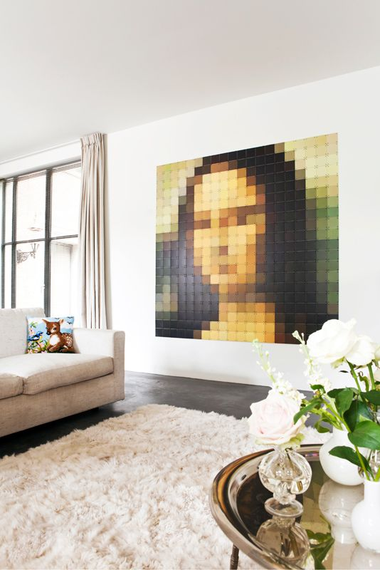 IXXI wall decoration made with a pixelated Mona Lisa. This Mona Lisa IXXI can be found in our webshop. The IXXI in this example will cost $239.00 (200 x 200 cm). #ixxi #ixxidesign