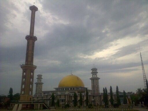 Beautiful Mosque in Central Town of Wajo, South Sulawesi. Is the biggest mosque in muslim city in south sulawesi. Many beautiful mosque in hire and this mosque is the one.
