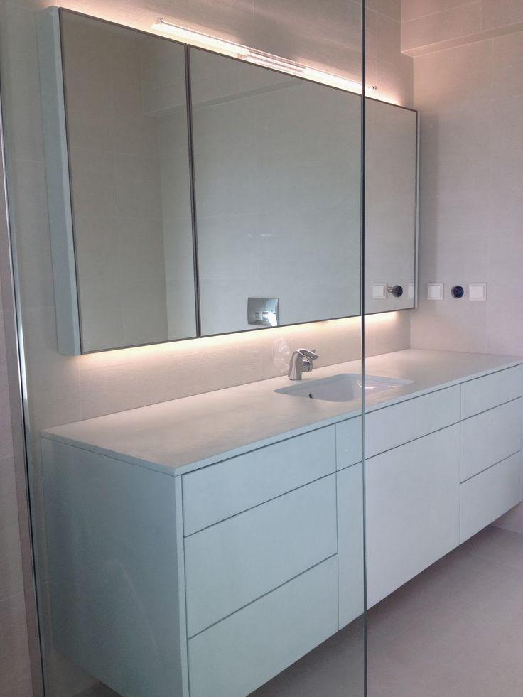 Νέο. Επιπλο μπάνιου με καθρέπτες, αλουμίνιο και πατητή τσιμεντοκονία.   Raptis Vasilis - Epipla kouzinas