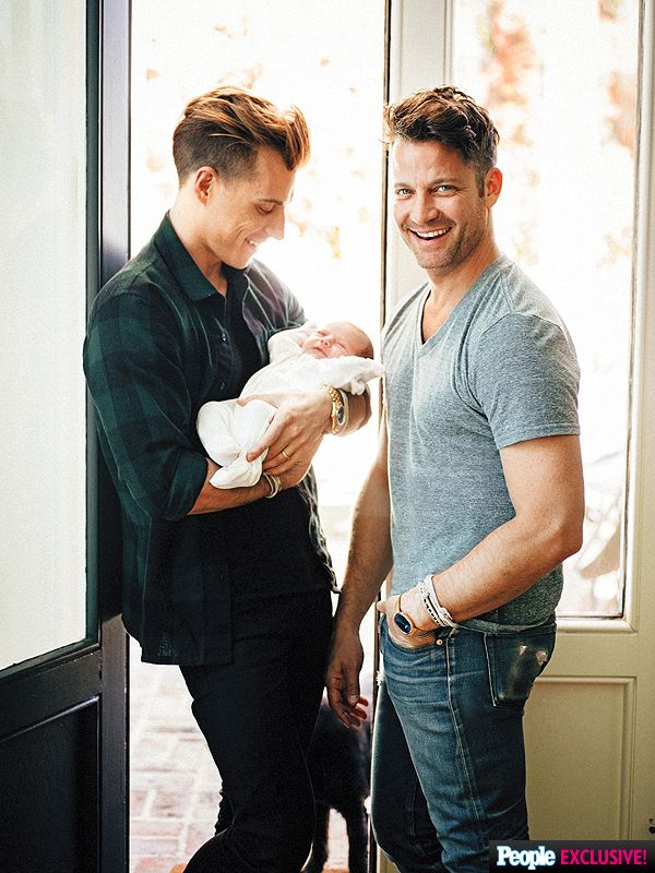 Nate Berkus and Jeremiah Brent Introduce Daughter Poppy http://celebritybabies.people.com/2015/05/15/nate-berkus-jeremiah-brent-introduce-daughter-poppy-first-photo/