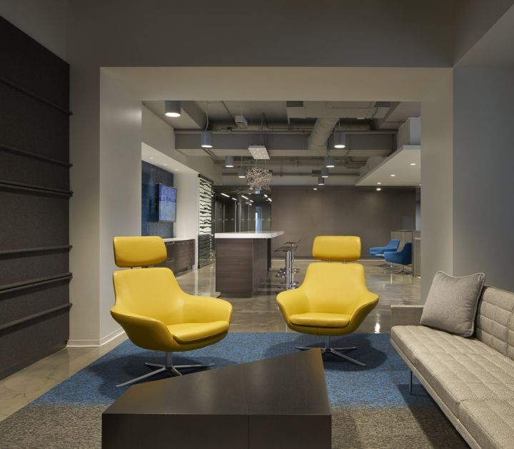 Coalesse Bob Lounge Chairs And Sebastopol Tables Provide A Residential  Comfort To A Privale Enclave At Locktonu0027s In Chicago.