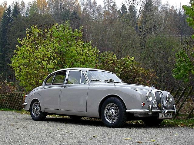 Daimler mobili ~ Best daimler v images jaguar daimler