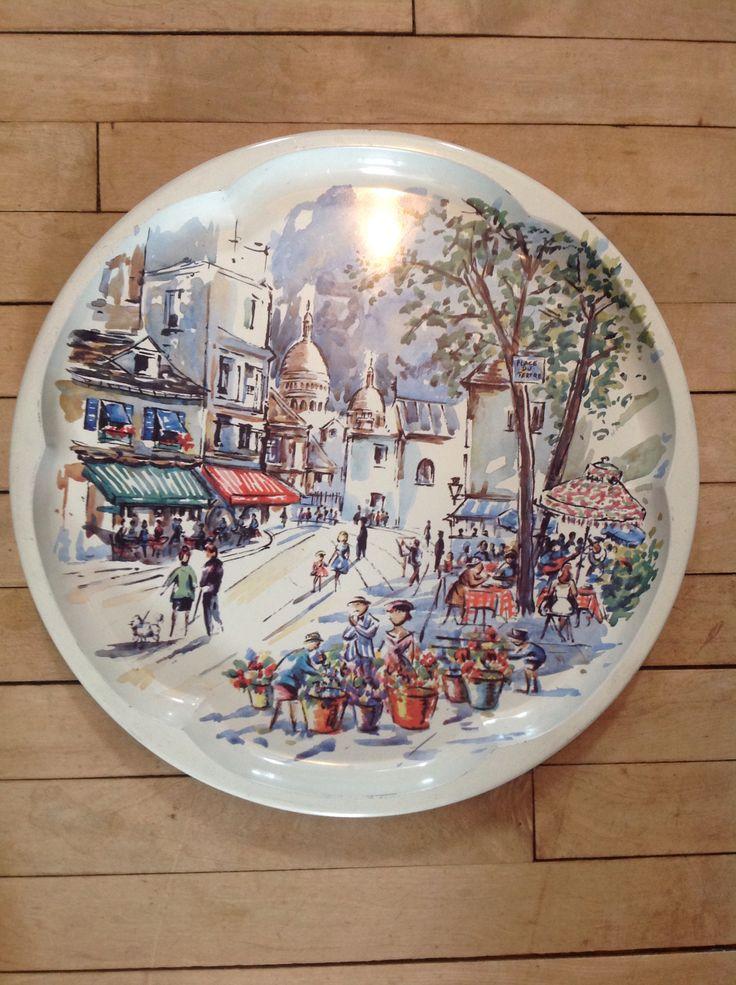 Metal serving tray showing Montmartre scene