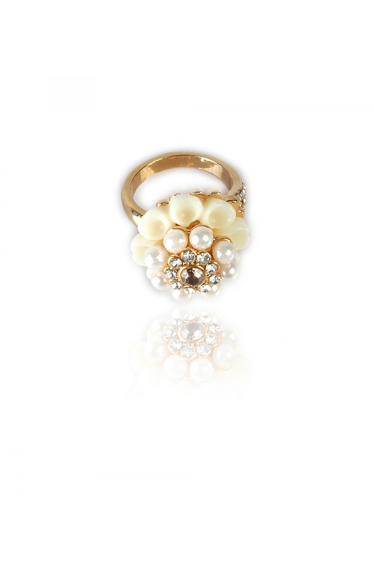 White Resin and Crystal Flower Cocktail Ring -    Unique Resin & Crystal Mix for Flower Development, Crystal Encrusted Center, Resin Base, Gold Finishing......... - Rs. 599.00