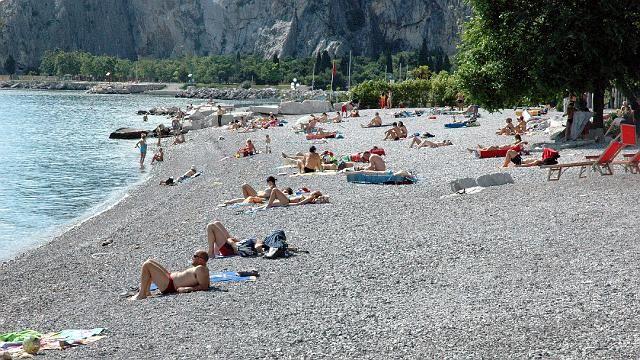 Sistiana spiaggia trieste andare al bagno pinterest - Bagno lanterna trieste ...
