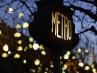 12 New Rules for Riding the Paris Métro