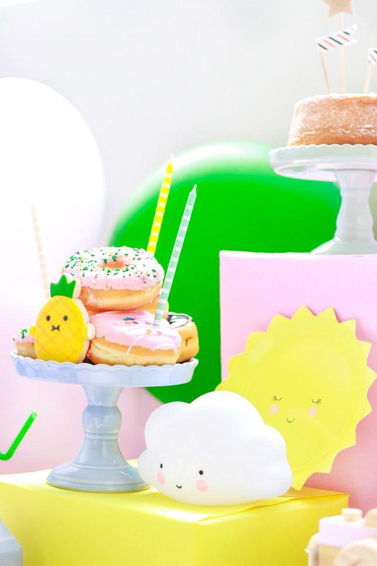 donuts na decoração mesa festa aniversário infantil - pet noodoll kids blocks party blog do math