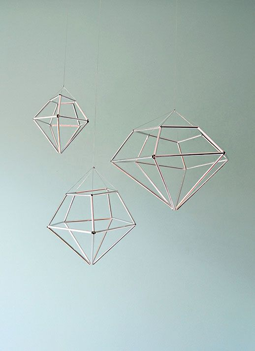 DIY hanging diamond decor from contributor kathleen
