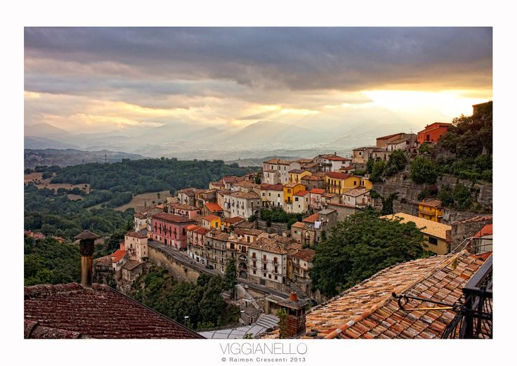 El bonito pueblo de Viggianello en Basilicata (Italia)