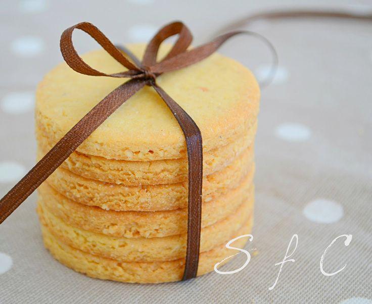 Sugar flowers Creations-Nicky Lamprinou: Μπισκότα βουτύρου - αμυγδάλου
