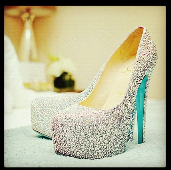 christian louboutin wedding shoes blue bottom