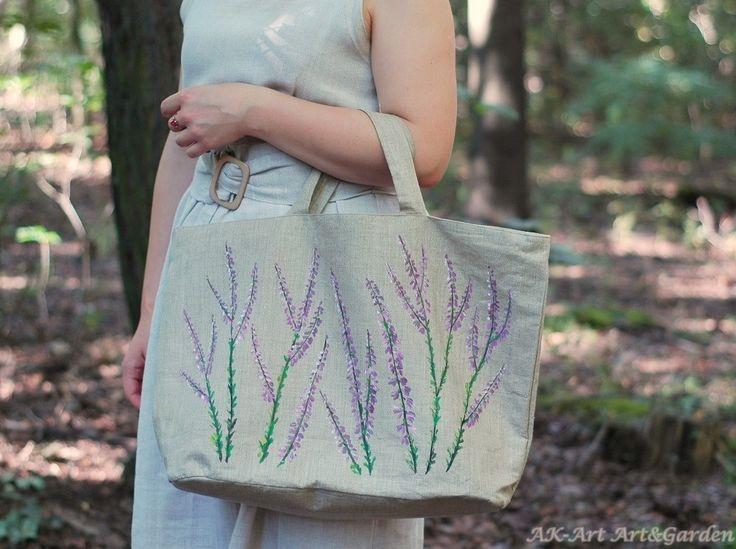 Szyta i malowana ręcznie we wrzosy torba, 100% len / Sewn bag made of 100% linen, hand painted in heather