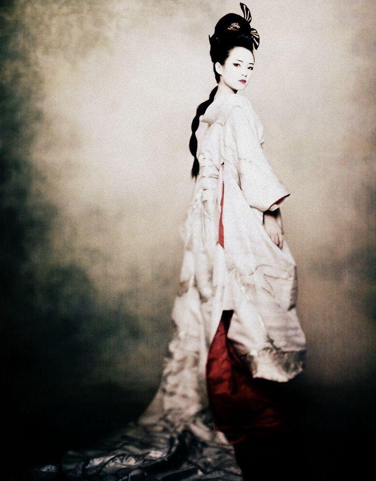 Gong Li by Paolo Roversi for Vogue US December 2005: December 2005, Geishas Ladies, December 05, Beautiful, Geishas Photoshoot, Gaisha, Gong Li, Art Prints Photography, Photography