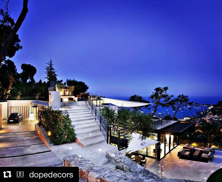 Nice nice nice #view!  #Repost @dopedecors with @repostapp. Luxury Villa In Villefranche Sur Mer Cote d'Azul #france  @dopedecors  #buildings #project #projects #art #artistic #modern #modernart #beautiful #interior #interiordesign #instagood #instapicture #instalikes #engineering #homedecor #bestoftheday #igersitalia #igers #BredaPortoni #building #house #toptags Welcome to the page! Follow Us! @bredaportoni @bredaportoni @bredaportoni Follow our artistic  channel! @bredaportoniart…