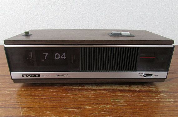 Sony Digimatic Am Fm Flip Clock Radio Model 8fc 79w