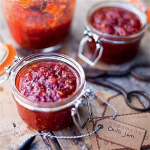 Chilli jam recipe. This chilli jam is quick and easy to make and is the perfect edible gift.