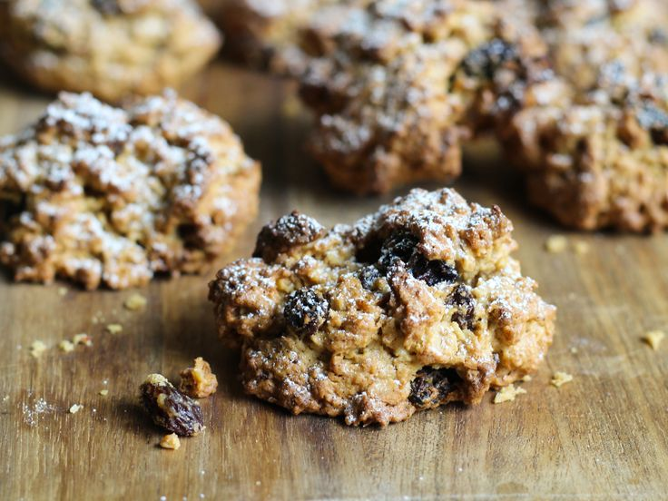 Gluten free oat and fruit rock cakes