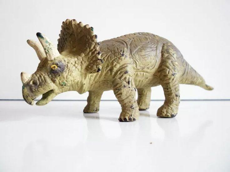 Boneco Dinossauro Tricerátopo Triceratops - Coleção Salvat - R$ 24,90 em Mercado Livre