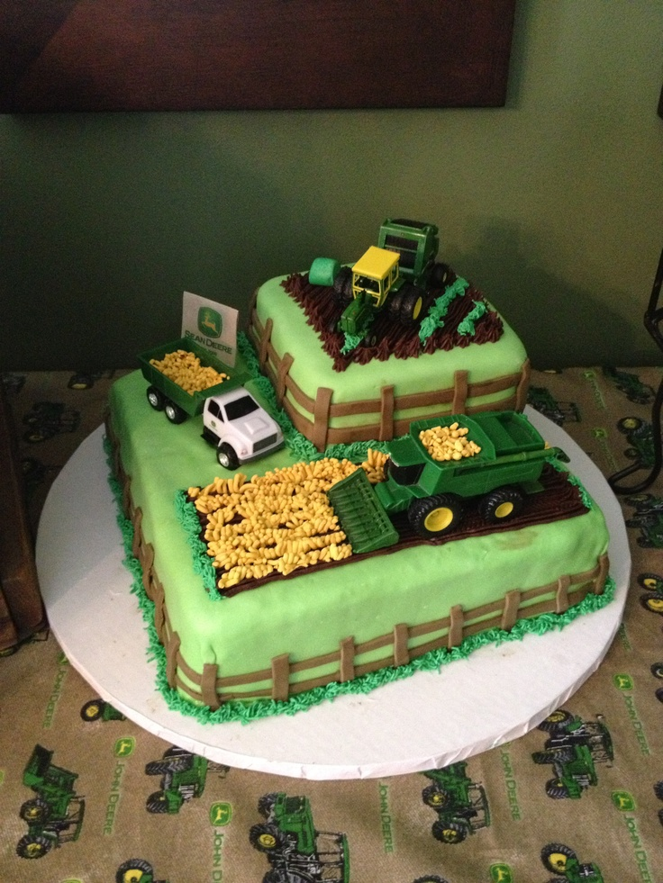 John Deere Cake I Like The Fencing On This One John