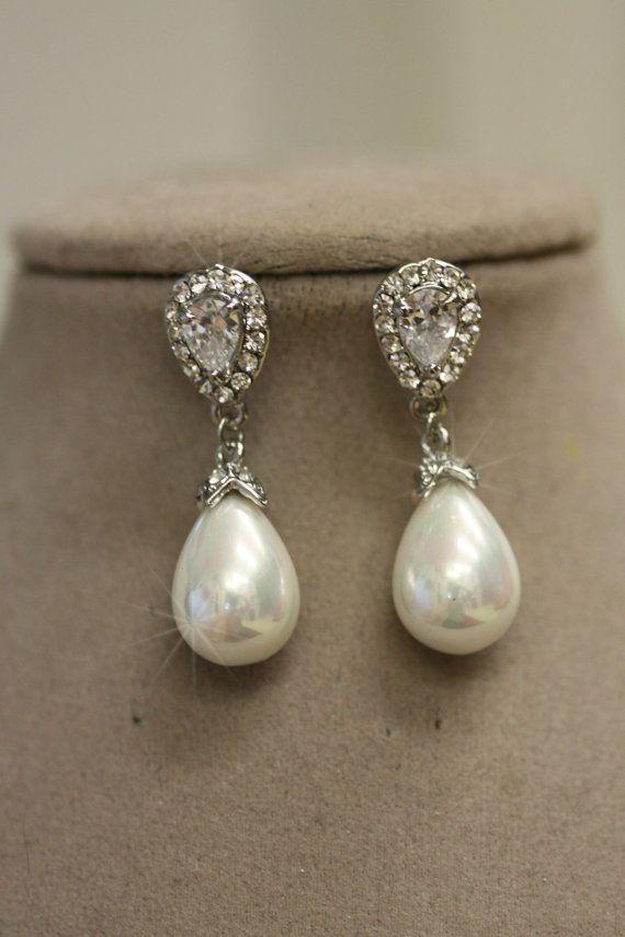 Boucles d'oreilles mariées. Boucles d'oreilles par simplychic93, $42.00