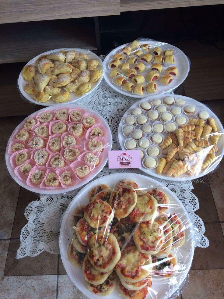 #Bocaditos salados y dulces que entregamos el día de hoy ...