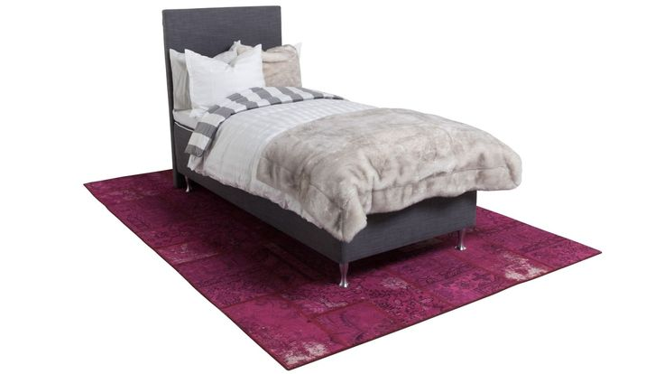 Grå Ponnyn enkelsäng med slät sänggavel. Säng, gavel, sovrum, 90 cm, vintagematta, matta, vintage. http://sweef.se/sangar/167-ponnyn-sang.html