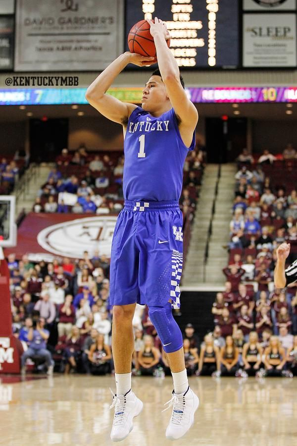 Devin Booker - 16 of 21 at the 3 in the last five games - after Texas A & M
