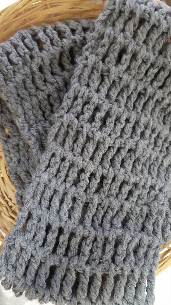 Check out this item in my Etsy shop https://www.etsy.com/ca/listing/259591803/chunky-grey-scarf