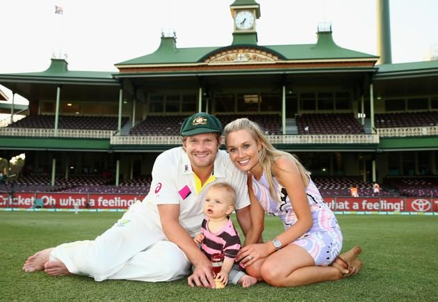 Shane Watson of Australia, his son Will, and wife Lee , pose with the urn after day three of the Fifth Ashes Test match between Australia and England at Sydney Cricket Ground on January 5, 2014 in Sydney, Australia.