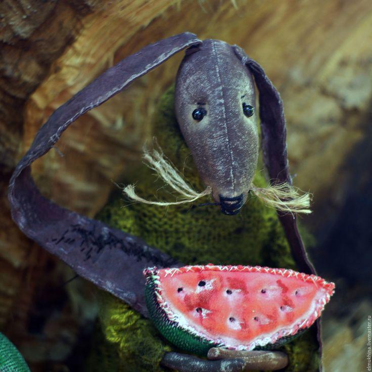 Старый Заяц с арбузом | Заяц, Игрушки, Арбуз