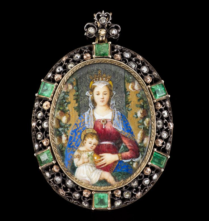 A gem-set miniature pendant, Attilio Codognato. Miniature on ivory (?) depicting Our Lady with the Child. Framed in silver and gold set with rose and old brilliant cut diamonds and six square cut emeralds. Back with profuse engraved and pierced work. Signed A.Codognato-Venezia. Length: 6 cm, 17,4 g