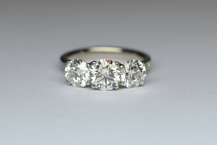 3.04ct of pure muscle! Set in platinum with diamond shoulders