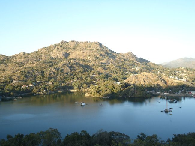 There is more to Rajasthan than Dunes : Mount Abu  https://www.tripoto.com/trip/there-is-more-to-rajasthan-than-dunes-mount-abu-59436959057d0?source=apin
