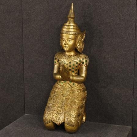1100€ Oriental sculpture in golden wood. Visit our website www.parino.it #antiques #antiquariato #art #antiquities #antiquario #wood #sculpture #statue #decorative #interiordesign #homedecoration #antiqueshop #antiquestore #golden #gold #gilt