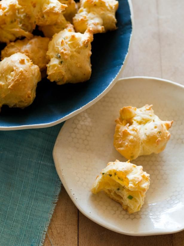HGTV.com's entertaining experts share a delicious appetizer recipe for Smoked Gouda and Herb Puffs.