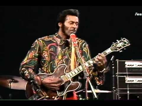 Chuck Berry & his Pick-Up Band - C'est la vie (1972) Live You Never Can Tell Beat Club, Bremen, Germany 1972. Mike Snow (piano), Jimmy Campbell (guitar), Billy Kinsley (bass), Dave Harrison (drums).