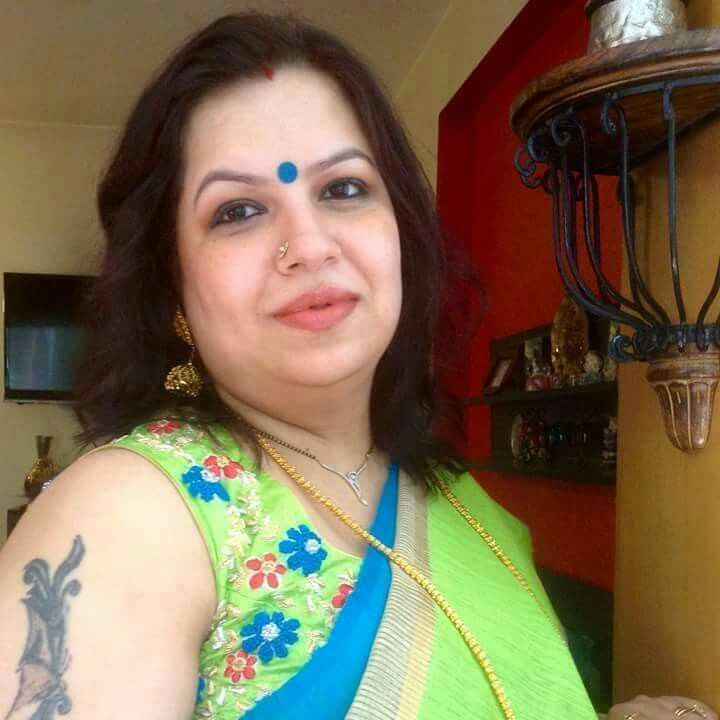 Charming message saree busty aunty sorry