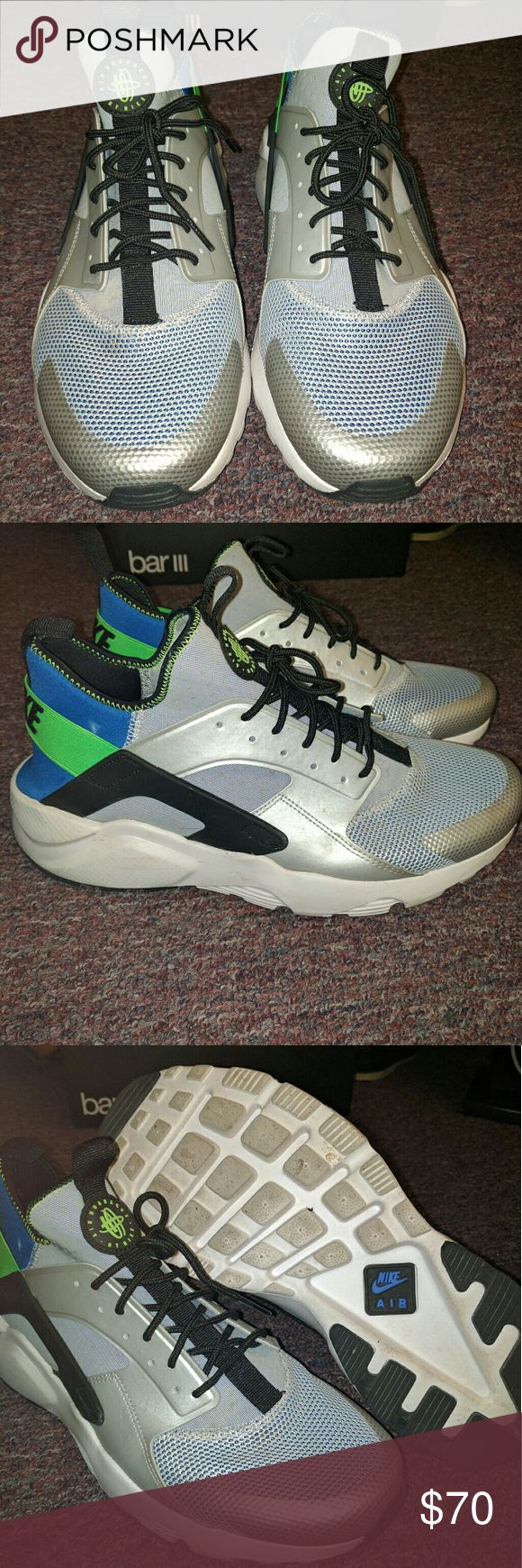 Air Huarache Air Huarache grey, white, with blue and green back  Make an offer Nike Shoes Sneakers