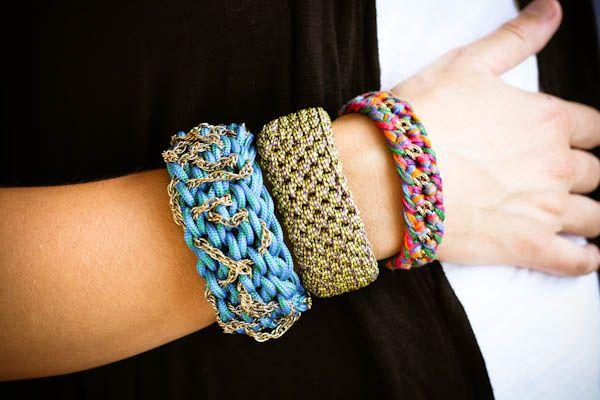 DIY Orly Genger Inspired Utility Cord Bangle by greeneyedmonsterBracelets Tutorials, Crochet Bracelets, Utility Cords, Crochet Tutorials, Crochet Hooks, Cords Bangles, Diy Bracelets, Bangles Bracelets, Crafts