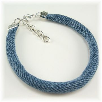 Denim bracelet - no tutorial, but cute for inspiration. I'd stitch on some pretty seed beads for decoration.