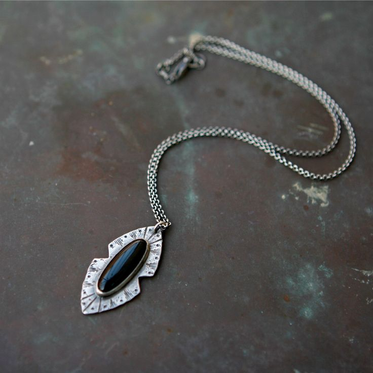 Rogue River Necklace - Onyx