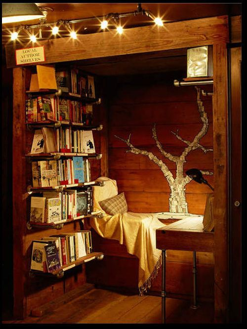One of 44 Cozy Nooks You'll Want To Crawl Into Immediately (buzzfeed))
