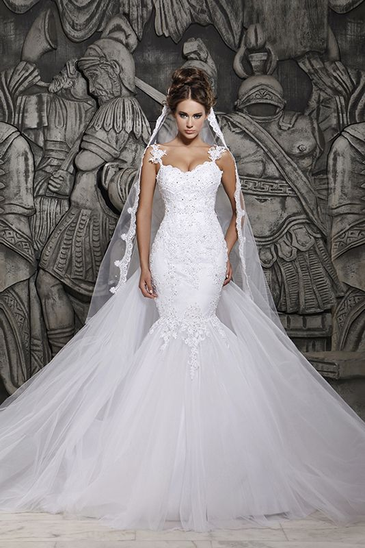 Beautiful mermaid wedding dress