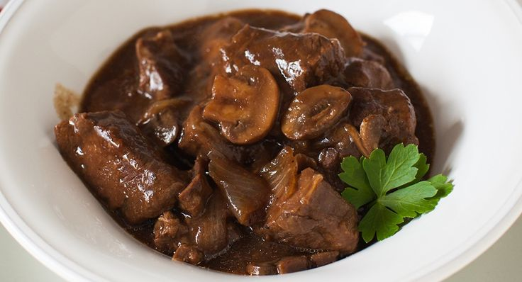 Slow Cookers Red Wine and Mushroom Beef Stew | Recipe