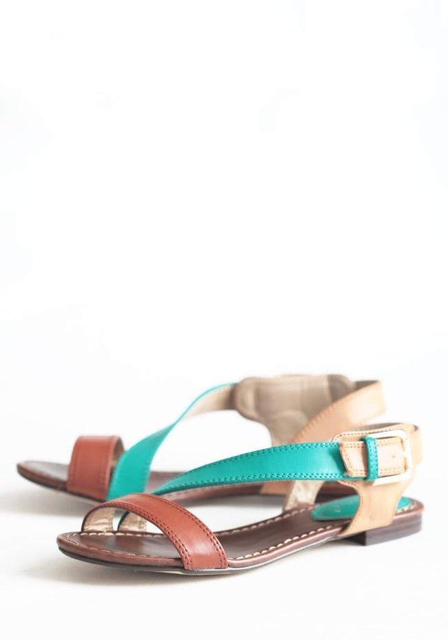 Summer Strolling Sandals | Modern Vintage Shoes