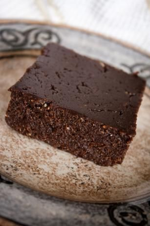 Healthy Brownies (NO BLACK BEANS) All you need is: Walnuts, Dates, Cocoa Powder, Salt, Vanilla Extract, and Water!