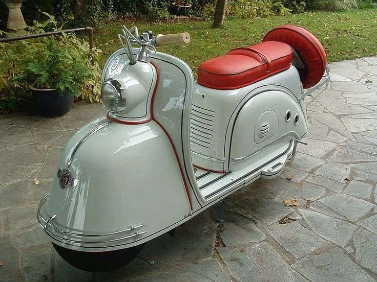 1955 Glas Goggo Scooter. =====>Information=====> https://www.pinterest.com/kroatney/scooters/
