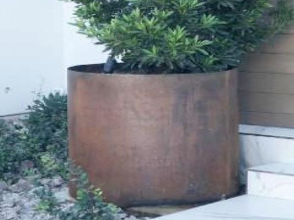 Diy Round Bottomless Corten Planter With Images 640 x 480