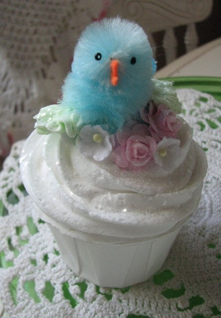 Two of my favorite things - chenille chicks and cupcakes.